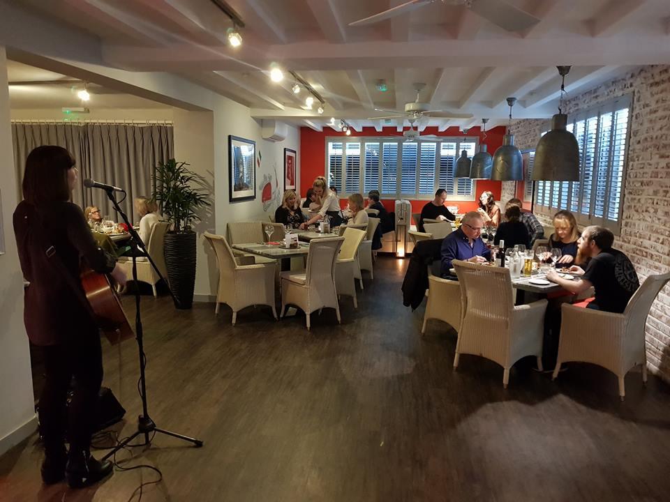 Amalfi Italian Ristorante Loves Live Music!