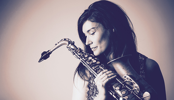 Book-saxophonist